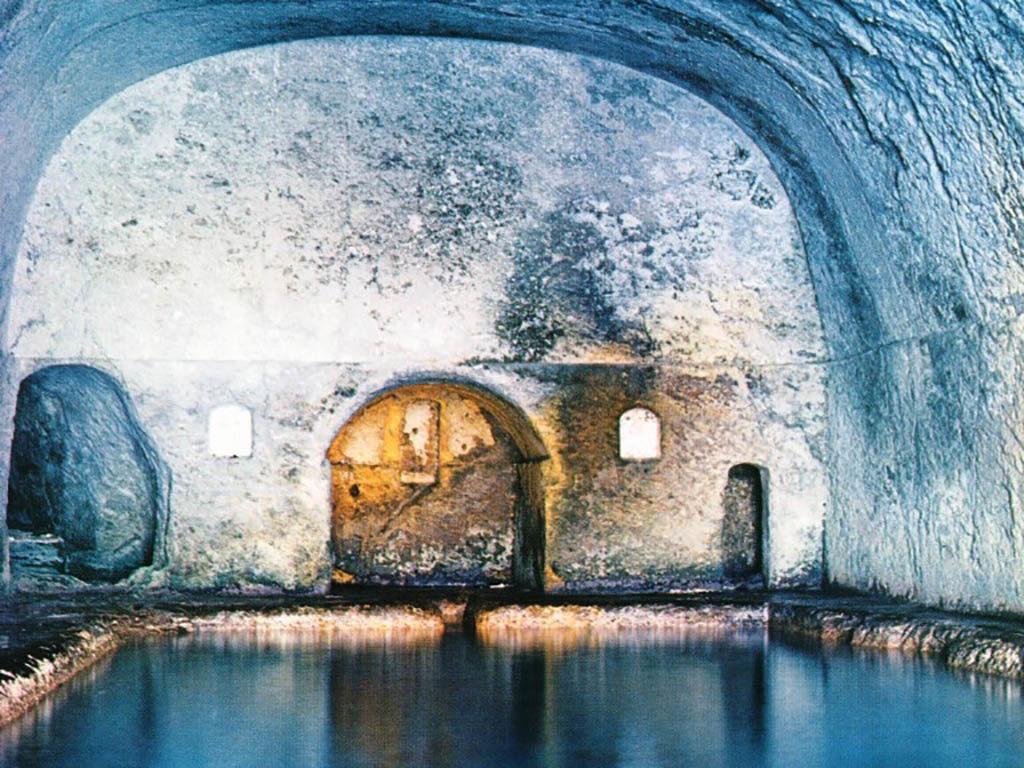 Ponza Grotte di Pilato Immersioni a Ponza con Oceania