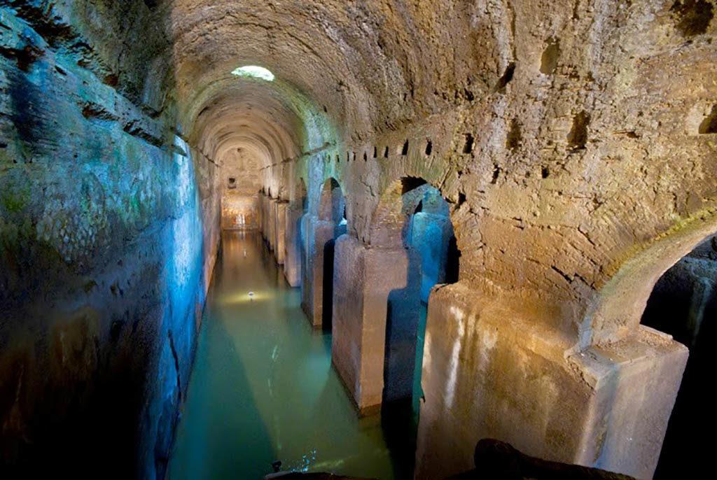 Ponza cisterna romana Immersioni a Ponza con Oceania