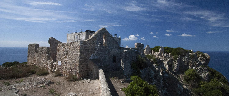 Zannone resti del Monastero Cistercense Immersioni a Zannone con Oceania